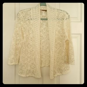 Belldini sweater cream crochet L